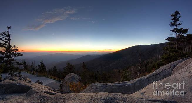 Great Smokie Mountains National Park Sunset by Dustin K Ryan