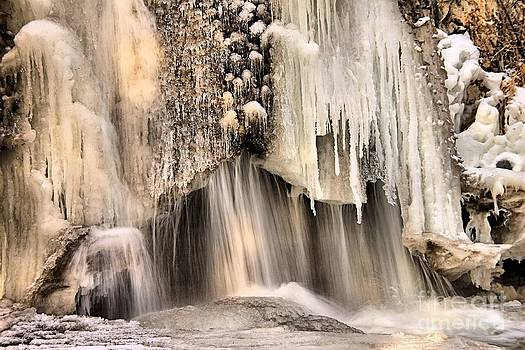 Roland Stanke - Ice Falls