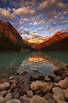 Lake Louise Sunrise by Ross Murphy