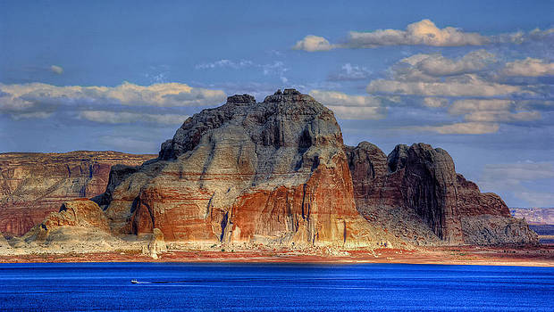 Lake Powell by Stephen Campbell
