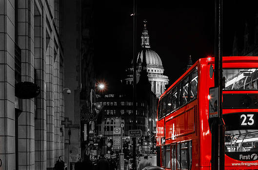London at night by Anastasia E