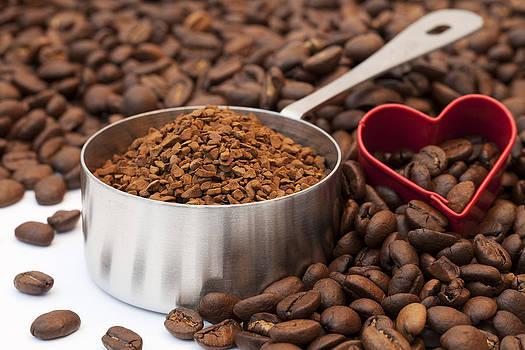 Love Coffee by Gillian Dernie