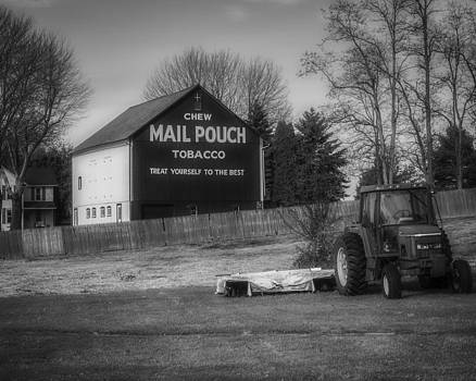 Jack R Perry - Mail Pouch Barn