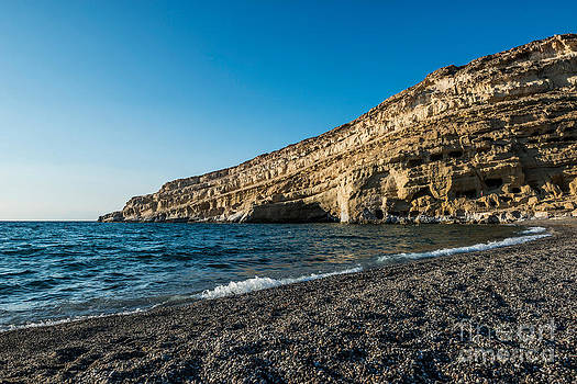 Matala Beach by Luis Alvarenga