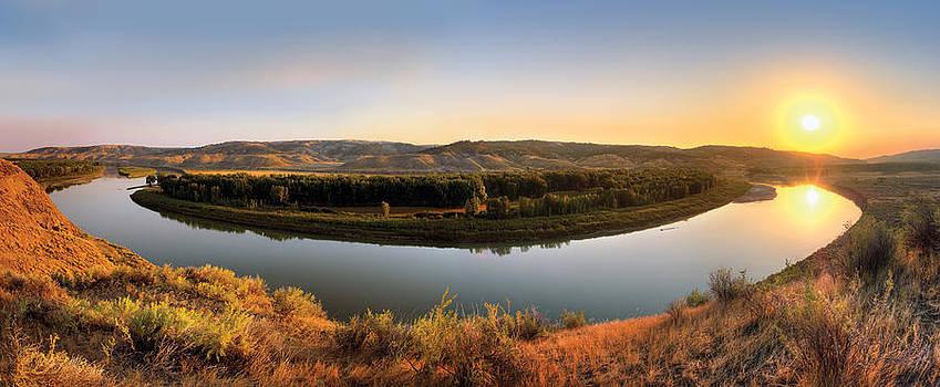 Leland Howard - Missouri River Sunrise Panoramic