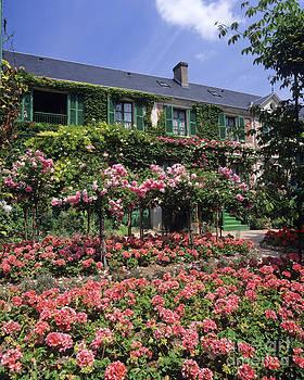 Monet's house by Derek Croucher