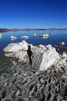Mono Lake by Daniela Safarikova