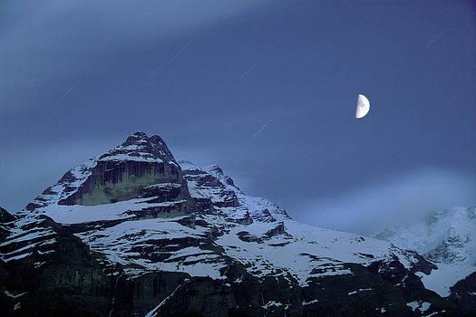 Matt Swinden - Moonrise Over the Jungfrau