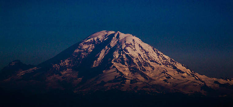 Mount Ranier by Blanca Braun