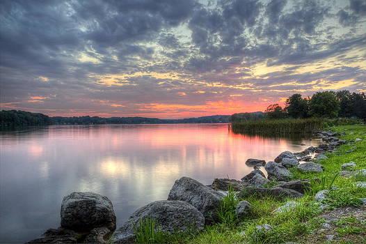 Ohio Lake Sunset by David Dufresne