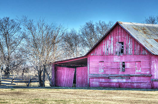 Old Red Barn by Lisa Moore
