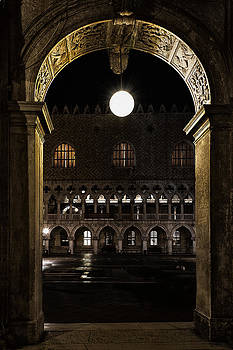 Piazza San Marco by Marion Galt
