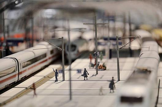 Gynt   - Railway station