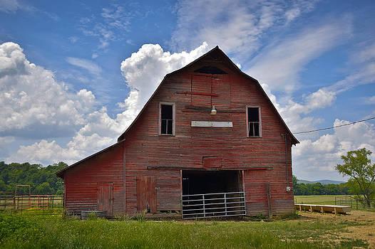 Skip Hunt - Red Barn