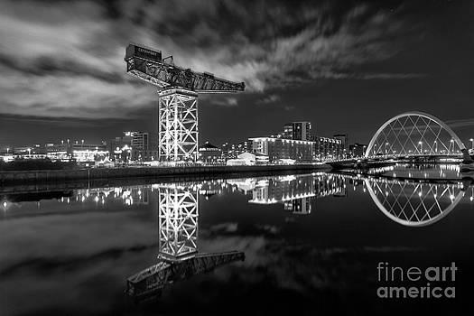 River Clyde at night by John Farnan