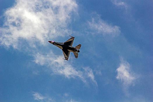 Rochester Air Show Thunderbirds by Tim Buisman