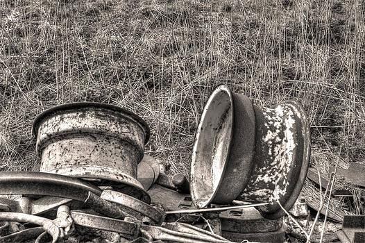 Fizzy Image - rusty vintage wheels