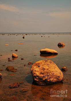 Sea Stones by Wayan Suantara