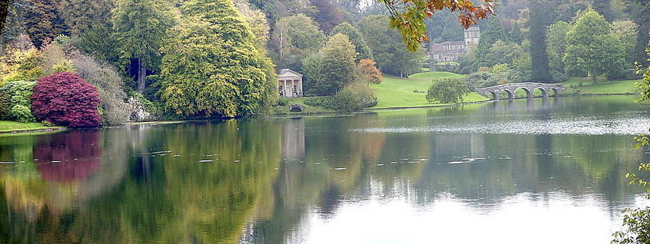 Stourhead gardens by Fred Whalley