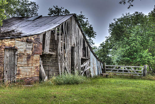 Summer Barn by Lisa Moore