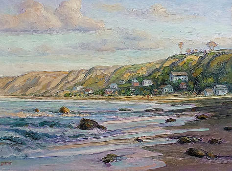 Sunrise at Crystal Cove Cottages by Lynn T Bright