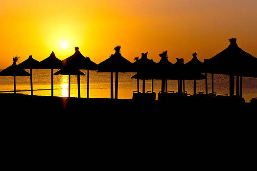 Beach Sunrise by Scott Carruthers
