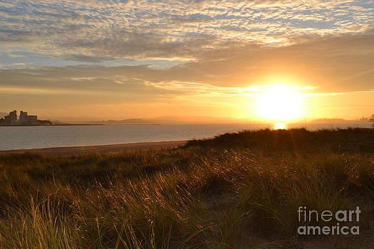 Sunset beach by Miryam  UrZa