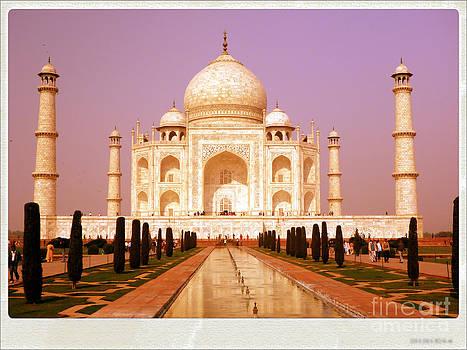 Sophie Vigneault - Taj Mahal India