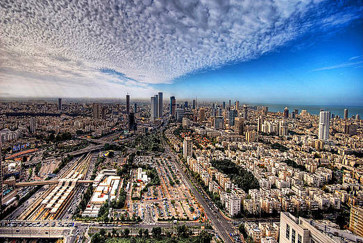 Tel Aviv Skyline by Ron Shoshani