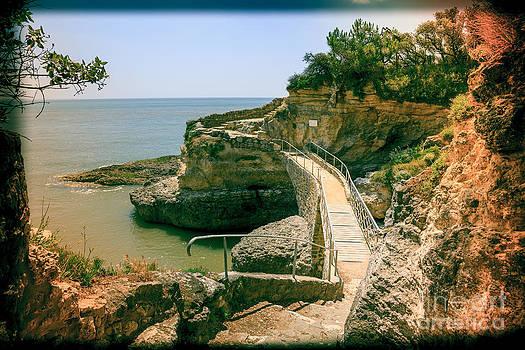 The Emile Gaboriau footbridge on the Charente Maritime coast at  by Peter Noyce
