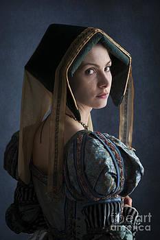 Tudor Woman by Lee Avison