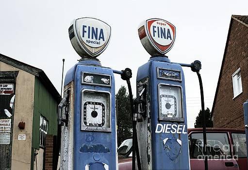 Martin Bond - Vintage Fuel Pumps