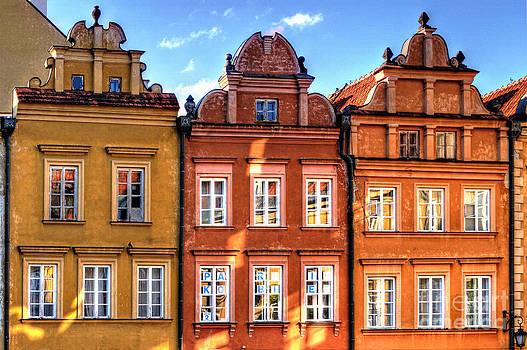Warsaw Old Town Kanonia Street HDR by Izabela Kaminska