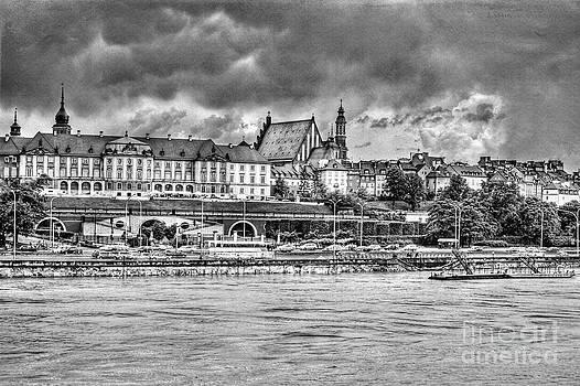 Warsaw view of the Royal Castle HDR by Izabela Kaminska