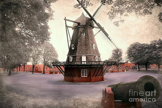 Sophie Vigneault - Windmill