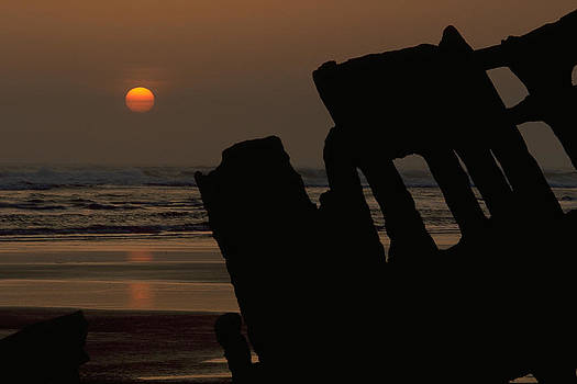 Wreck Of The Peter Iredale by Don Baccus