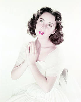 Elizabeth Taylor by Silver Screen
