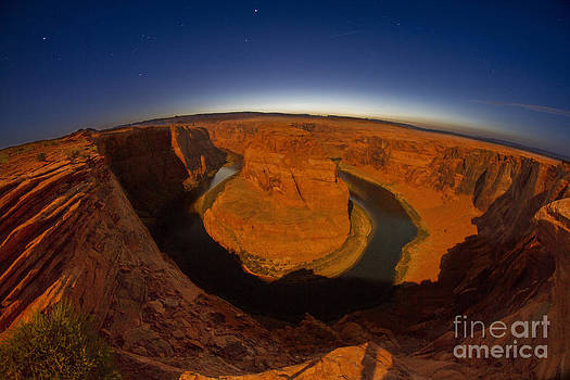 Horseshoe Bend by Daniel  Knighton