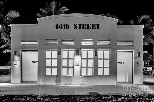 Ian Monk - 14th Street Art Deco Toilet Block SOBE Miami - Black and White