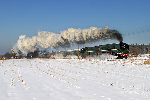 18 201 The Fastest Operational Steam Locomotive by Christian Spiller