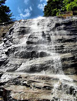 Naturally NH - 1801 Arethusa Falls