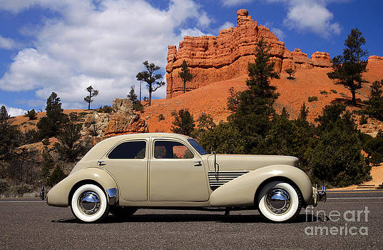 1936 Cord 810 Westchester by Howard Koby