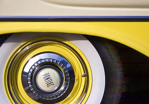 Carol Leigh - 1957 Pontiac Starchief Wheel Cover