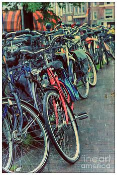 Sophie Vigneault - Bicycles