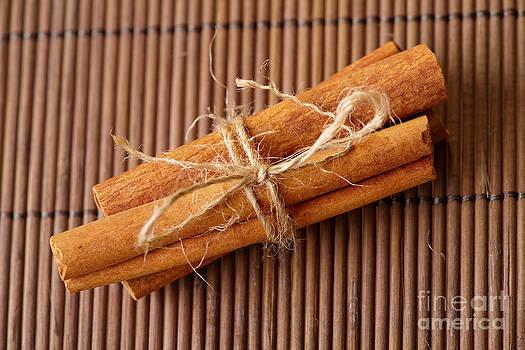 Cinnamon sticks by Monika Wisniewska