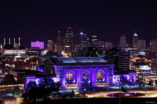 Downtown Kansas city by Lamyl Hammoudi