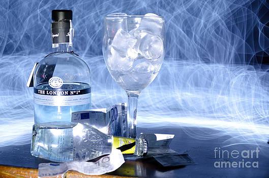 Agus Aldalur - Gin Tonic blanco