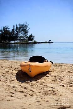 Sophie Vigneault - Kayak Paradise