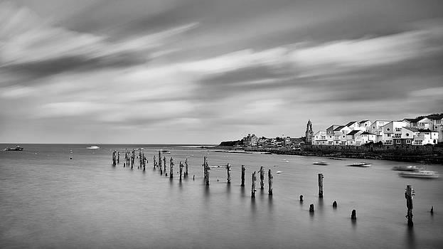 Old Swanage Pier by Vinicios De Moura
