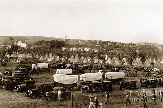 California Views Mr Pat Hathaway Archives - Pendleton Round-Up Oregon Lewis Josselyn Photo Sept. 1929